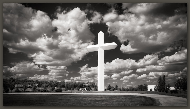 The Cross at the Crossroads, Effingham, Illinois