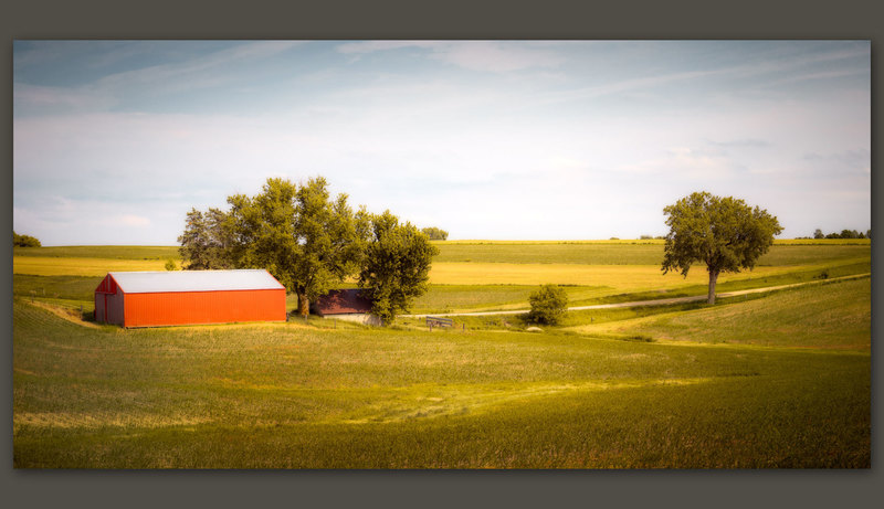 Orange Barn, Jackson County, Iowa